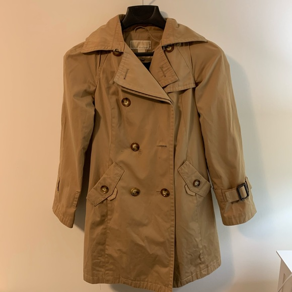 Michael Kors Jackets & Blazers - Michael Kors Double Breasted Trench Coat w Hood